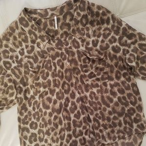 Free People Sheer Leopard Button Up Top SZ S🖤